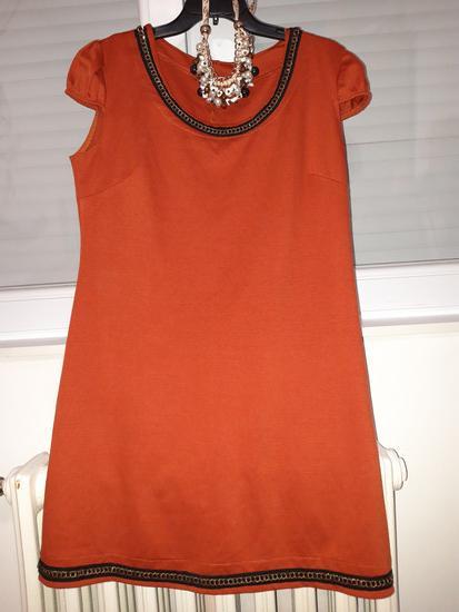 Portokalov fustan