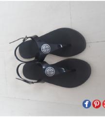 Sandali 37.38 namaleni