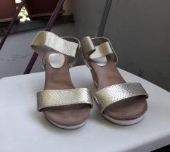 Sandalki zlatni