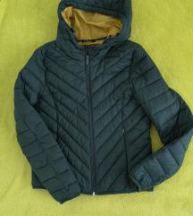 esenska jakna od Reserved