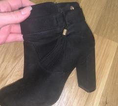 Црни чизмички