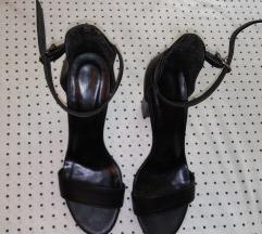 Црни сандали
