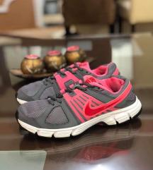 Nike patiki fleksi br 37 kako novi
