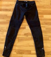 Женски црни фармерки