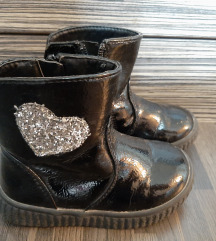 Детски чизми * 450