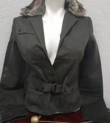 nova jakna m 400⬇️300