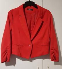 Kratko crveno sako