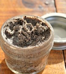 Пилинг за тело од кафе и кокос антицелул