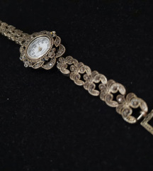 Часовник старо сребро оникс