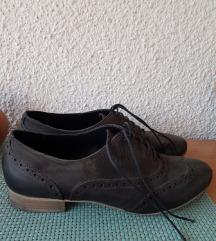 Продавам Oxford чевли