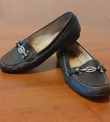 ниски чевли кожни