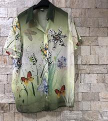 Карина кошула со пеперутки