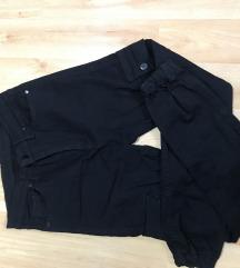 Црни панталони