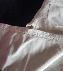 Farmerki pantalona Mango