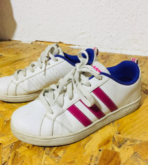 Патики оригинал Adidas, максимално сочувани