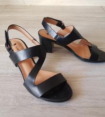 Sandali 1