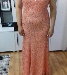 Svetkav svecen fustan