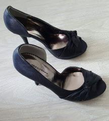 Нови Чевли број 38