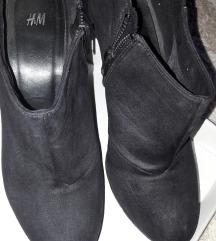 H&M штикли црни