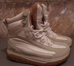 !!!ПОПУСТ!!! 1300 денари!!! WalkMaxx чизми