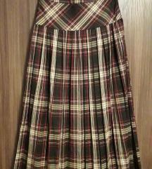 Кариран плисиран фустан