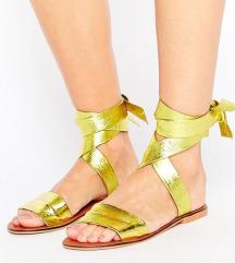 Rezz.NOVI zlatni kozni sandali