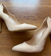Бершка чевли со висока потпетица