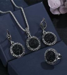Set nakit od deobeni kristali