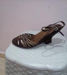 Interesni sandali
