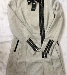 Novo Palto Guess