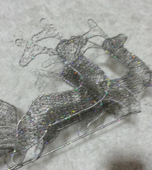 dekorativna zelezna kocinja so irvasi
