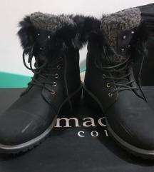 Зимски црни чизмички