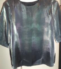 srebrena bluza-koshulka