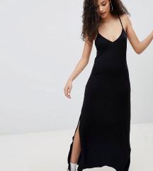 Скроз нов Bershka фустан