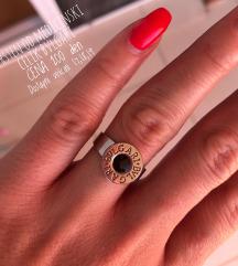 Prsten od medicinski celik BVLGARI