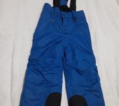Pantoloni za na sneg za 3 do 4 god