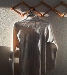 Ролка џемпер
