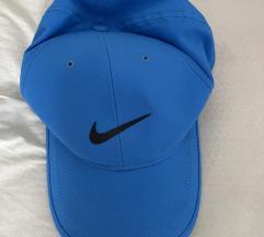 Капа Nike