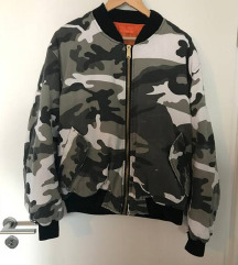 Bershka Men jacket nova