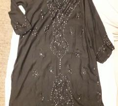 crn fustan za plaza