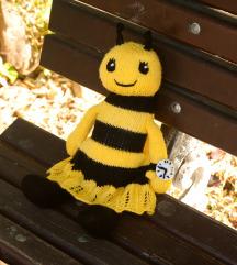 Плетена пчеличка
