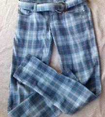 панталони одлично сочувани