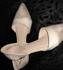 Krem sandali 38