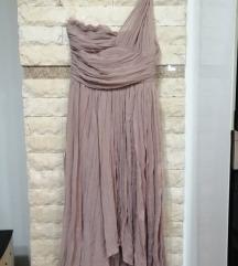 Eleganten fustan