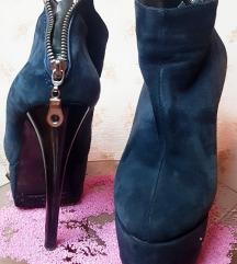 Штикли чизми