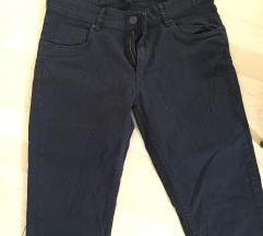 Машки панталони Bershka скроз нови за мажи