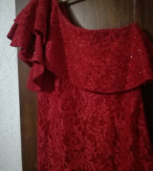 Dolg crven fustan