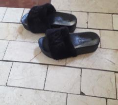 Stosni papuci