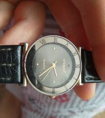 Квалитетен часовник со кожен ремен