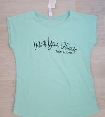 Нова со етикета маица